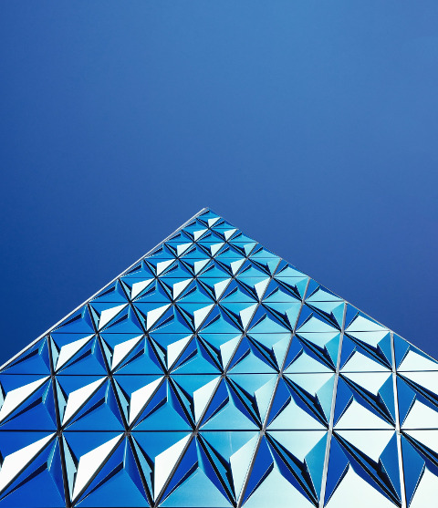 Abstract image of blue and white shapes